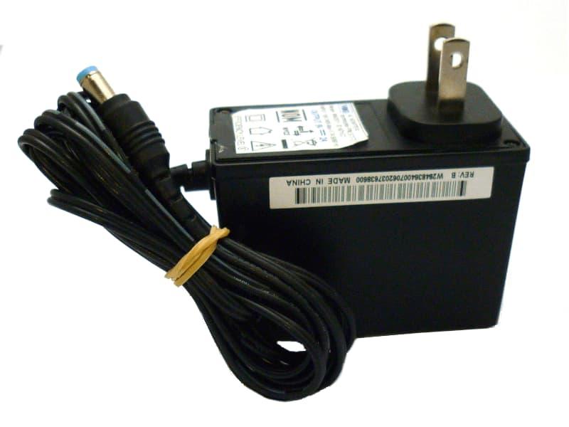 Eliminador 9V jack 2.1mm