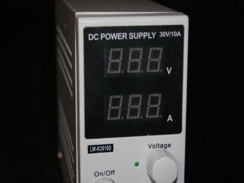 Fuente regulable de 0 a 30v 10A LW-K3010D