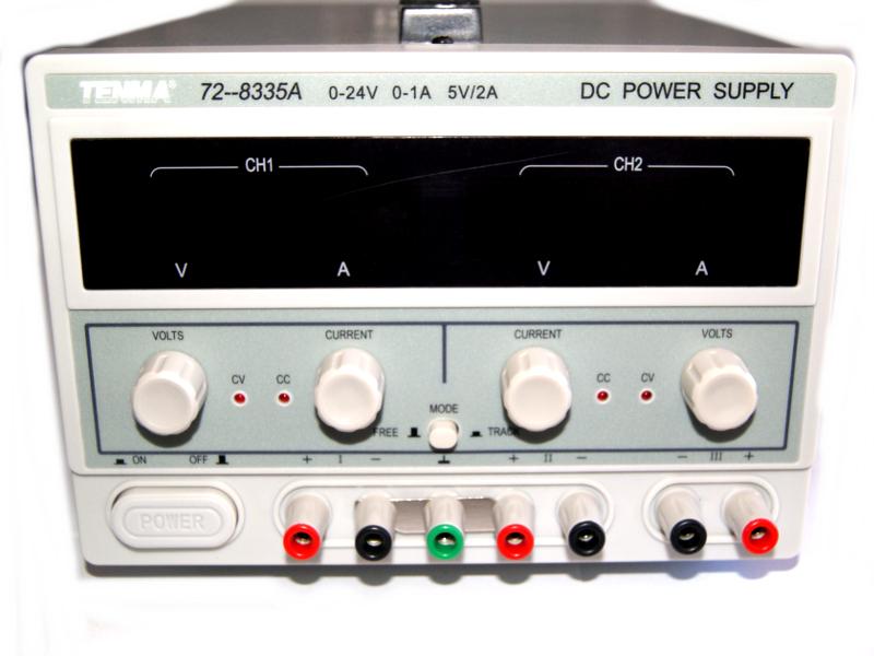 Fuente variable de-laboratorio TENMA 72-8335A  3CH-24V-2A