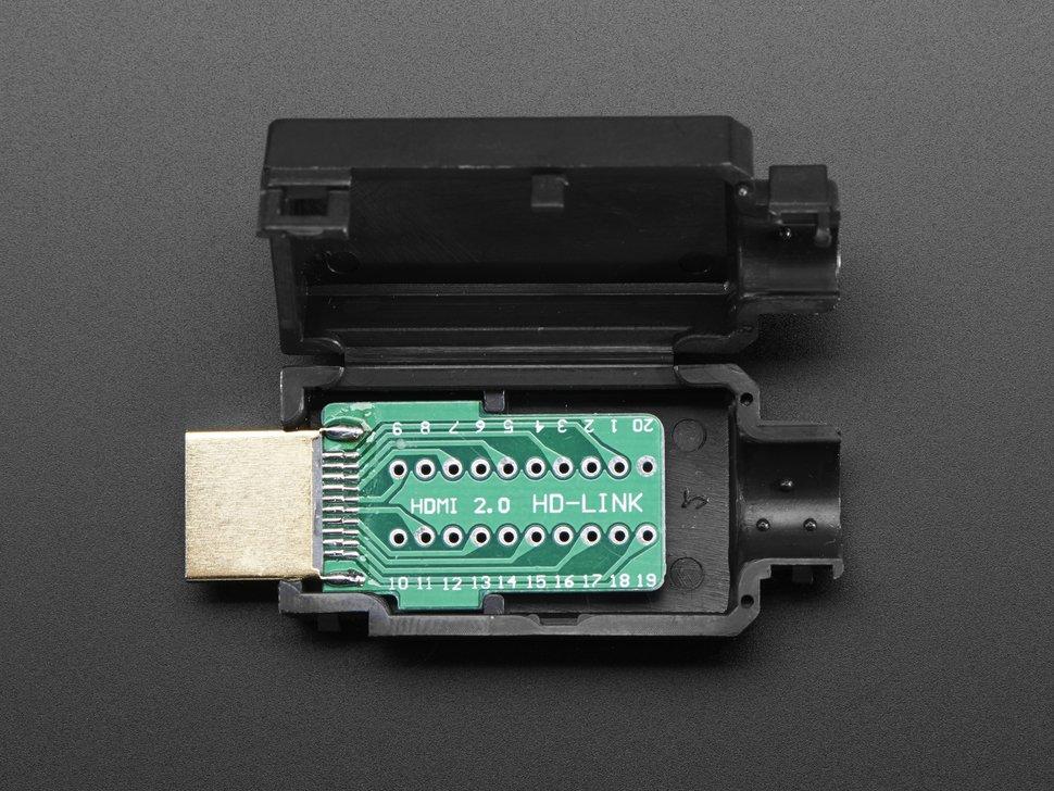 Conector HDMI con case