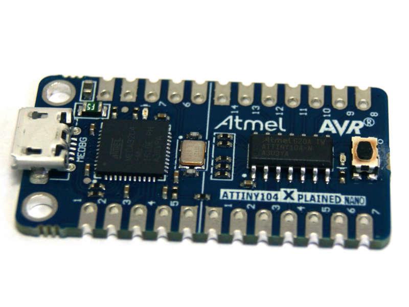 ATtiny104 Xplained Nano