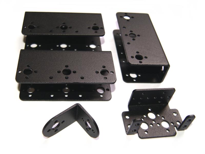 Vista frontal parte de kit de soporte y brackets para servomotor