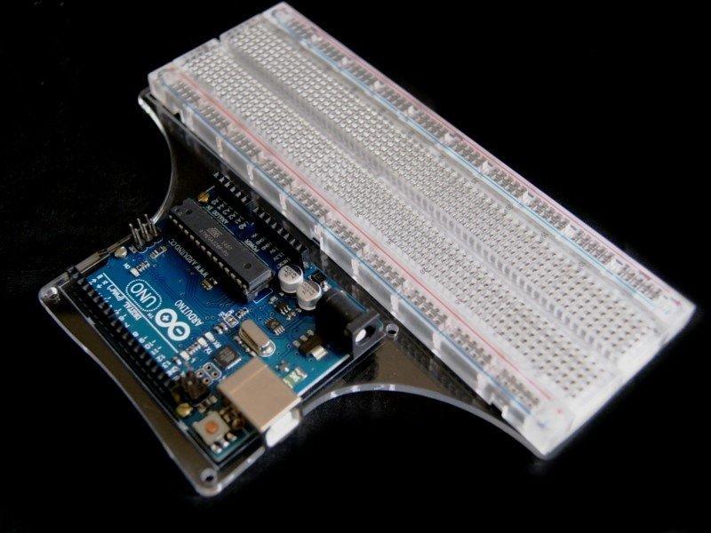 Vista superior. Base de acrilico para Arduino