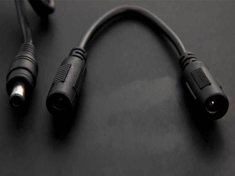 Vista frontal, cable de cargador de baterias Lipo 7.4v