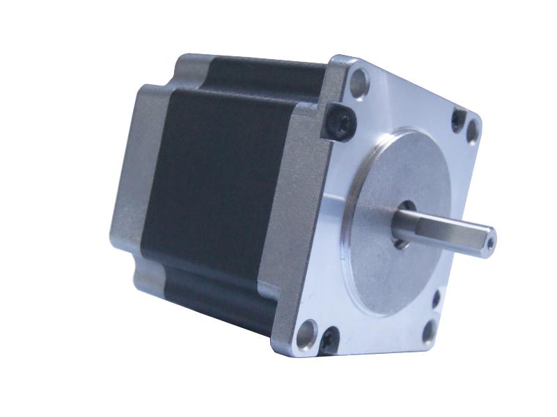 Vista lateral. Motor a pasos NEMA 23 57STH56 13 kg/cm eje tipo D