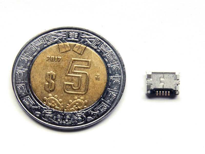 Conector microUSB SMD de montaje superficial tamaño