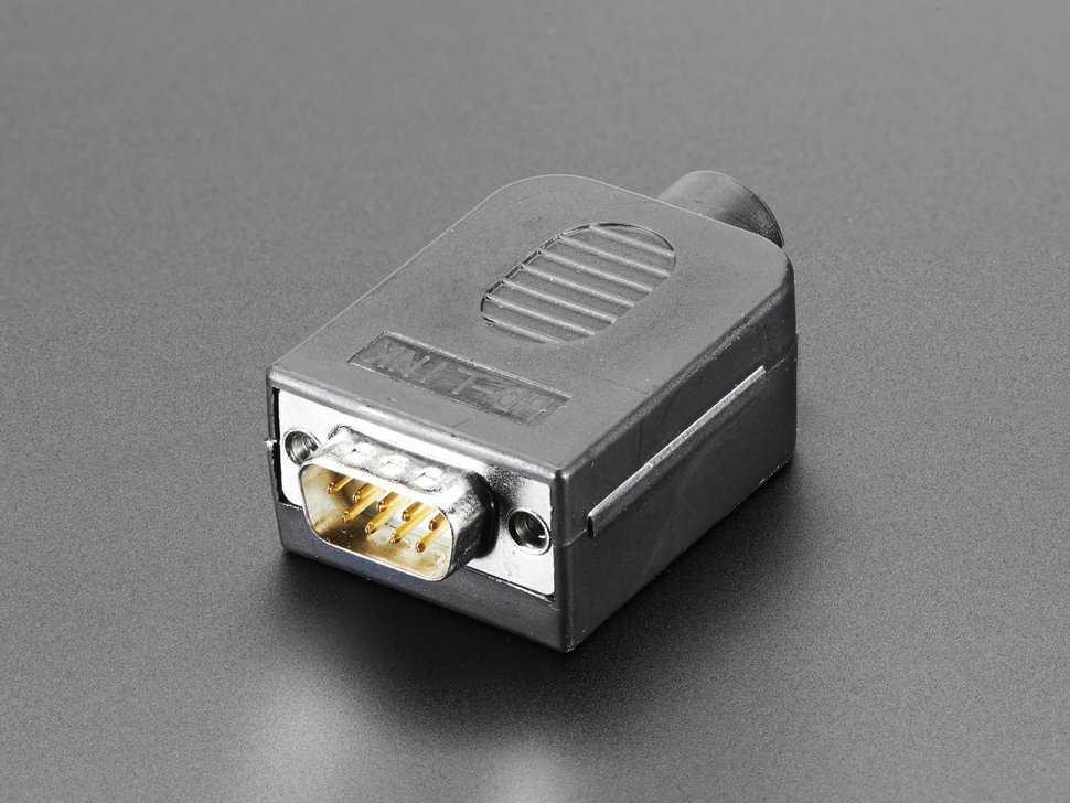 Conector DB-9 macho case