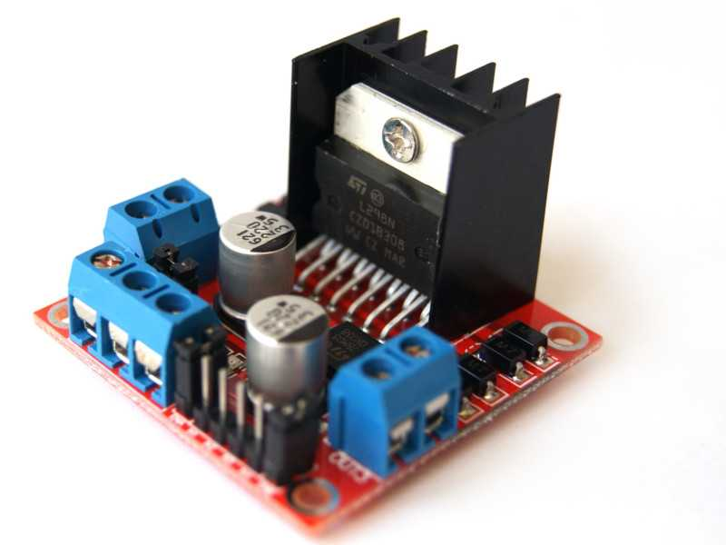 Controlador Puente-H L298N para-motores