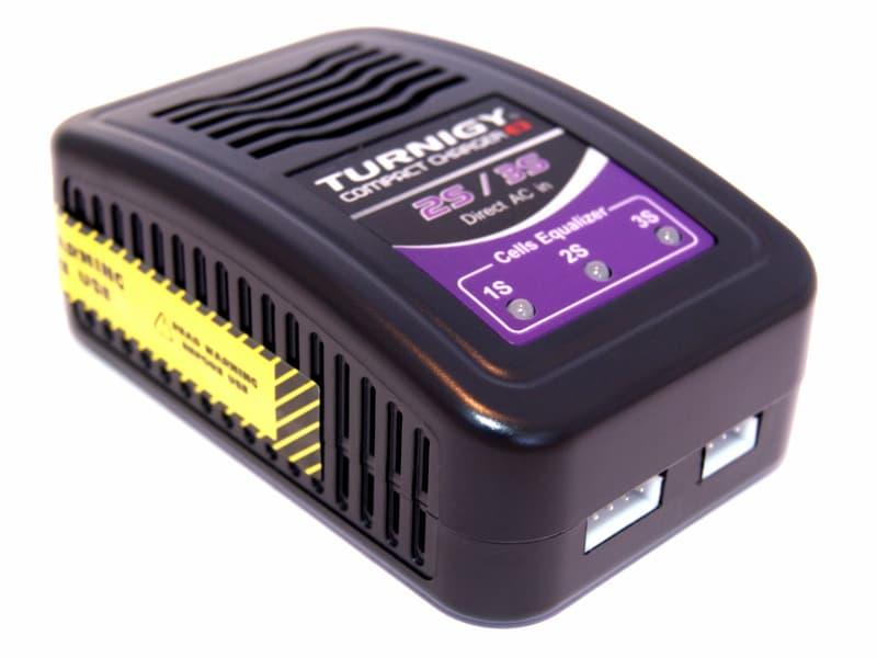 Cargador de baterías LiPo 2S/3S Turnigy Compact Charger E3